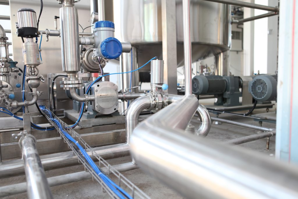 Why Food Manufacturing Companies Choose Epoxy Flooring